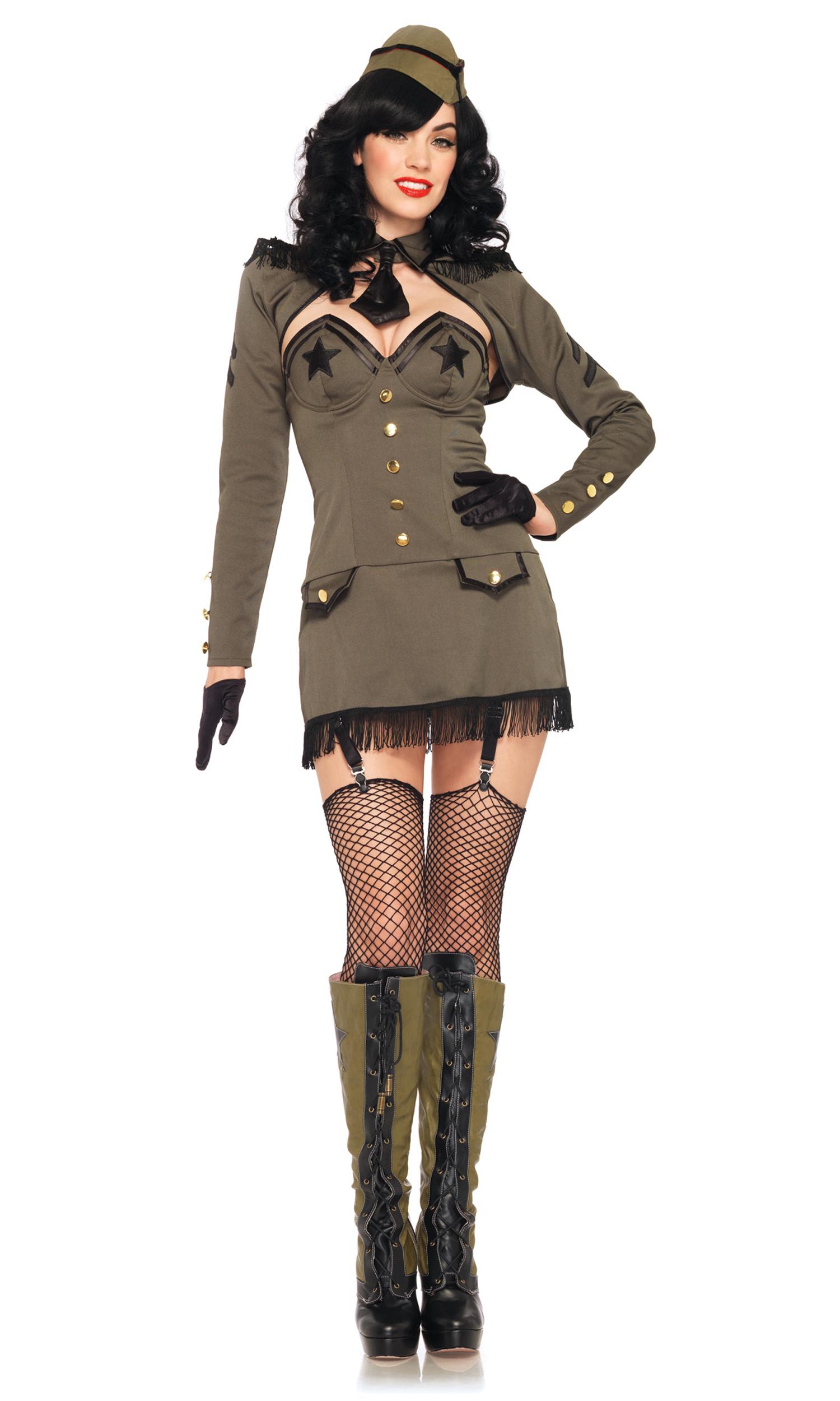 Связанные девушки в военной форме 4 фотография