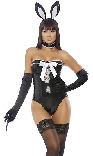 Ebony sexy bunny bondage girl vampires